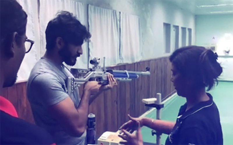 Harshvardhan Kapoor Takes Aim With A Rifle As He Preps For Abhinav Bindra's Biopic