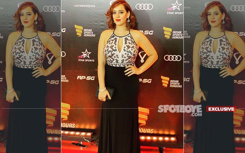 Hazel Keech Was Crying Right Before Walking The Indian Sports Honours 2019 Red Carpet- EXCLUSIVE