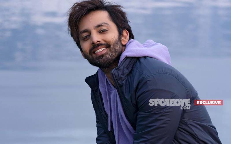 Himansh Kohli: 'From Exchanging Doodh-Shakkar To Being There For Each Other, My Friendly Neighbours In Mumbai Make Me Feel At Home'- EXCLUSIVE