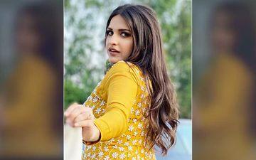 Bigg Boss 13's Himanshi Khurana Shares An Up Close And Radiant Selfie, Fans Gush Over Her Eyes, 'Tera Mast Mast Do Nain'