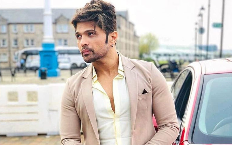 Himesh Reshammiya Releases Statement Post News Of His Car Accident; Read On