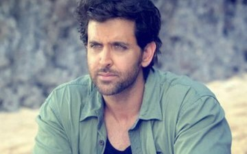 Superstar Hrithik Roshan CONFESSES That He Was In TEARS When...