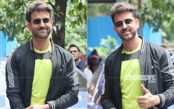Hrithik Roshan Looks 'Super' Cool As He Poses For Paparazzi