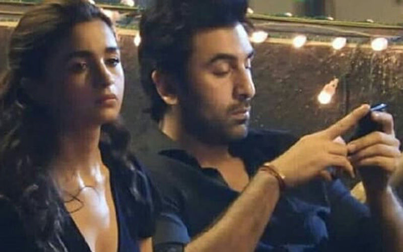 Alia Bhatt Solves The Mystery Of Her Sad Expression In The Leaked Picture With Boyfriend Ranbir Kapoor