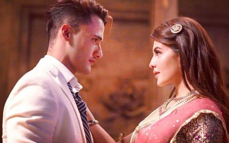 Mere Angne Mein: Get Over #Asimanshi; Ahead Of Asim Riaz - Jacqueline Fernandez' Song Release, #JacSimfever Rules Twitter