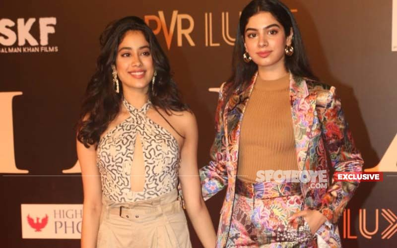 Janhvi Kapoor Flies Off To LA To Spend Time With Sister Khushi Kapoor-EXCLUSIVE