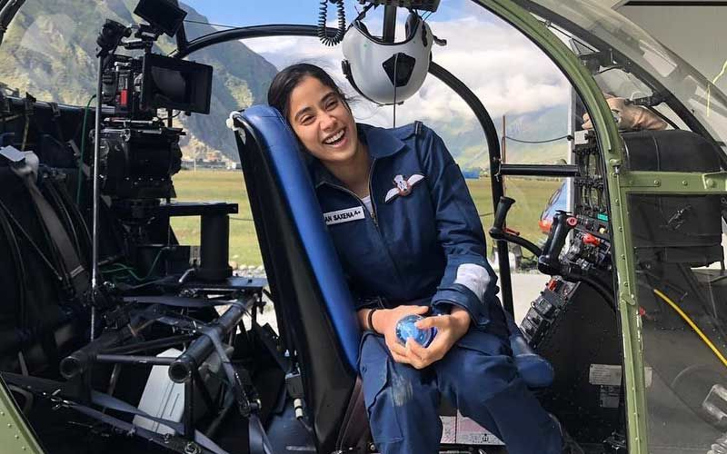 Gunjan Saxena: Janhvi Kapoor Shares Pics From The Sets As She Wraps Shoot; Calls It A Special Journey