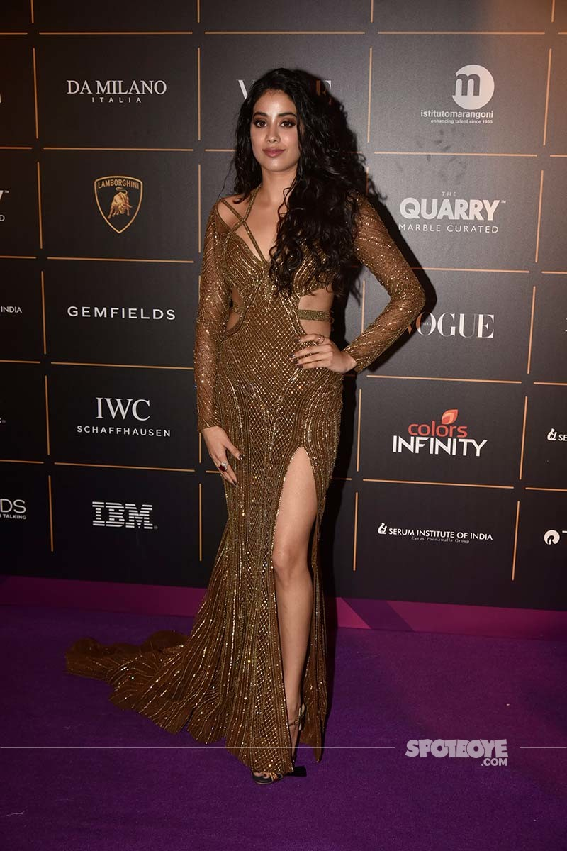 janhvi kapoor vogue beauty awards