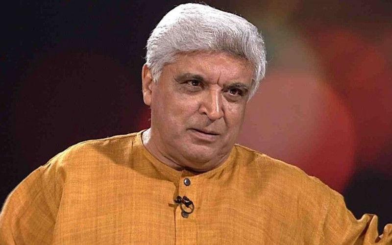 लेखक जावेद अख्तर ने दिया  बयान, कहा बुर्के और घूंघट दोनों को हटाया जाए