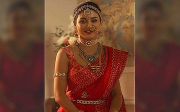 Jaya Ahsan Looks Breathtaking Bride In This Red Coloured Saree, Shares Pic On Instagram