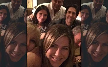 Jennifer Aniston Has Officially Joined Instagram; Her First Post Is An EPIC FRIENDS Reunion Selfie