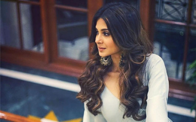 Jennifer Winget's Look From AltBalaji's Code M Out! Click To See Actress As A Military Lawyer