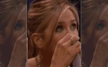Jennifer Aniston Has An Emotional Moment As She Says Goodbye To Her Friends After A Night Out