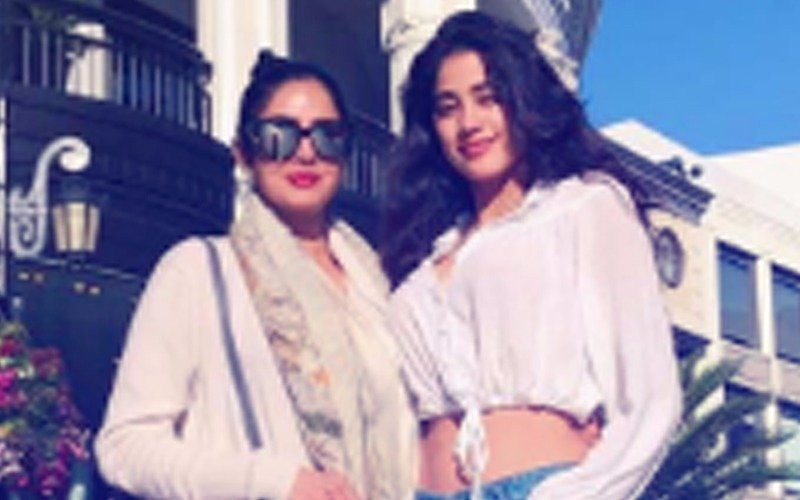 It's Sridevi & Her Darling Daughter Jhanvi Kapoor From LA