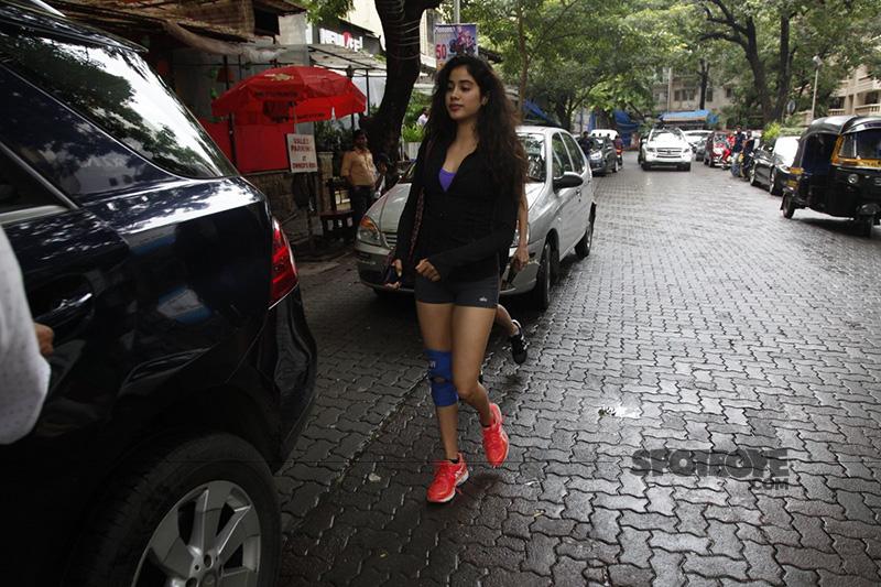 jhanvi kapoor snapped outside a cafe