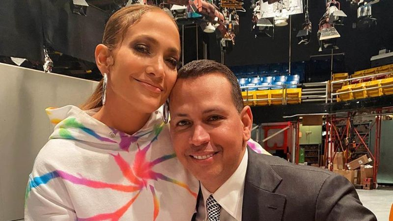 Jennifer Lopez And Alex Rodriguez's Wedding Hit By Coronavirus; Latina Confesses They Aren't Sure About It