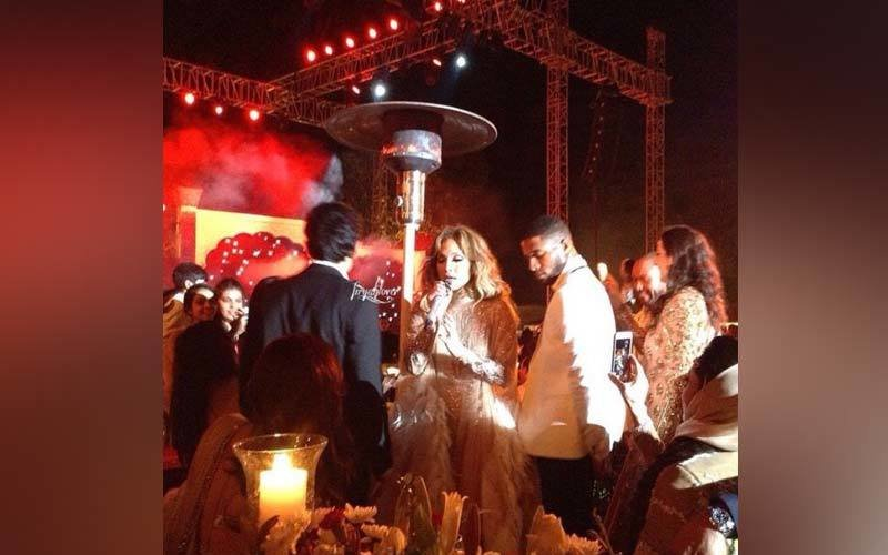 J Lo's Sexy Dance In Rajasthan