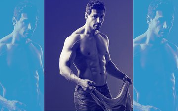 Scintillating Sunday: John Abraham Oozes Hotness In This SHIRTLESS Picture