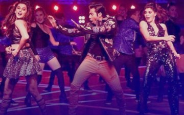 Box-Office Collection, Day 2: Varun Dhawan's Judwaa 2 Grows PHENOMENALLY, Mints Rs 20.55 Crore