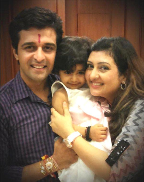juhi sachin with daughter