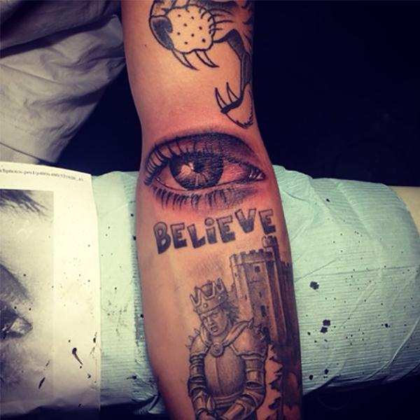 justin bieber new tattoo of eye ball