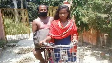 Film On Bihar Girl Jyoti Who Pedalled For 1200 Km Carrying Injured Father; Will Be Titled As 'Atmanirbhar'