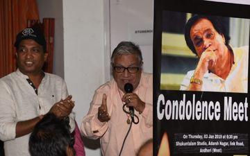 मशहूर अभिनेता कादर खान के निधन के बाद मुंबई में आयोजित की गई शोक सभा