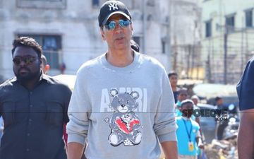 Akshay Kumar Talks About Resuming Work Amidst The Coronavirus Pandemic, Asks: 'How Long Can You Live In Fear?'