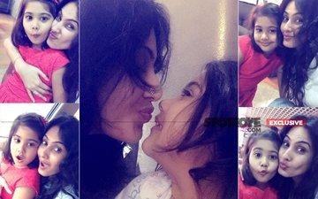 PICS: Kamya Punjabi And Daughter Aara Have A Splash in Goa