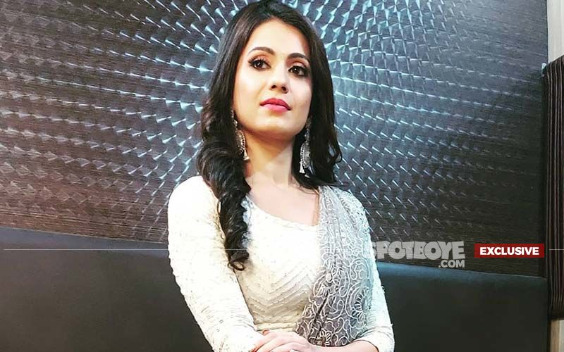 Saath Nibhaana Saathiya 2's Kanak Aka Akanksha Juneja On The Hate She Receives For Playing A Villain On The Show: 'They Call Me A Bad Person' - EXCLUSIVE