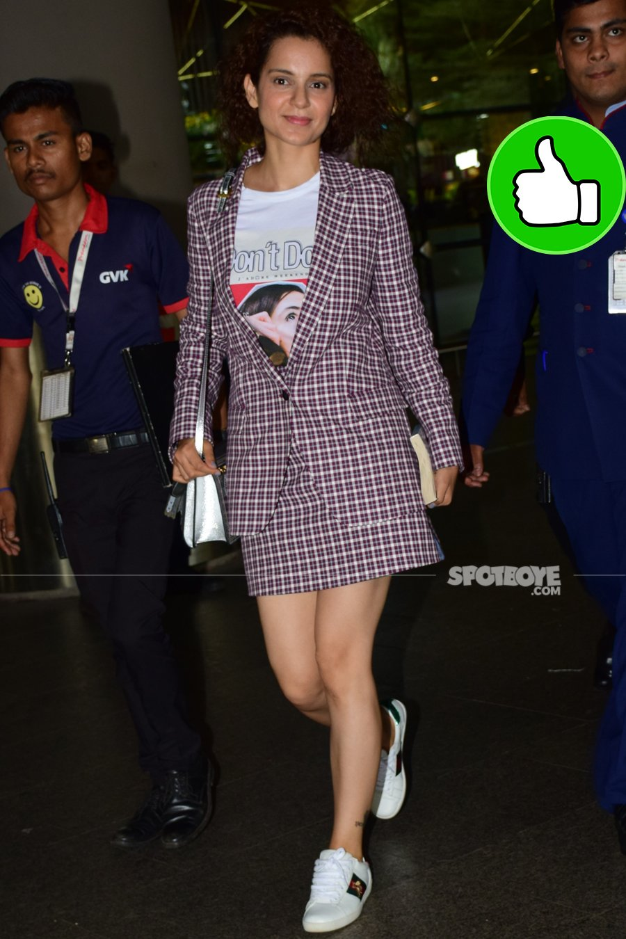 kangana ranaut at the airport