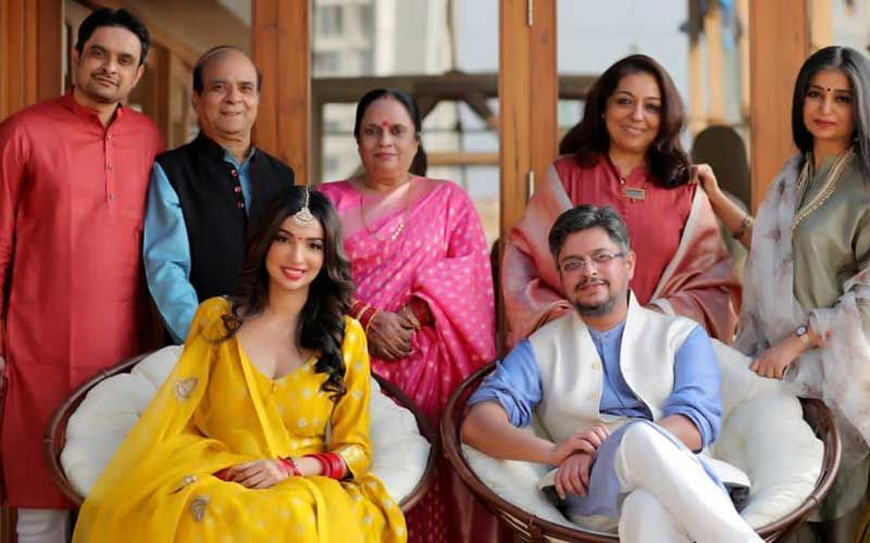 Tanu Weds Manu Writer Himanshu Sharma Gets Engaged To Kedarnath Writer Kanika Dhillon In a Private Ceremony; Couple To Tie The Knot Soon
