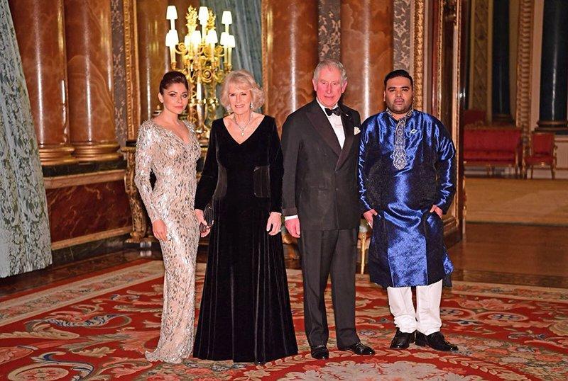 kanika kapoor meets prince charles