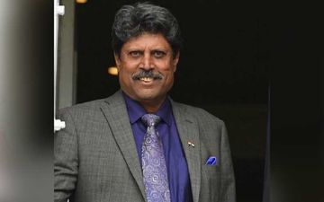 Kapil Dev's First Picture From The Hospital After Suffering A Heart Attack Surfaces Online; Dev Flashes Double Thumbs Up With Daughter By His Side
