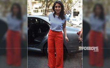 Kareena Kapoor Khan Beats The Mumbai Heat In A B&W Striped Tee And Crimson Pants
