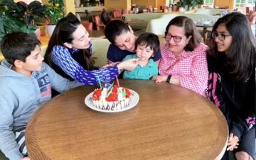 Karisma Kapoor Cutting Her Birthday Cake With Taimur Ali Khan And Kareena Kapoor Is Adorbs In Every Way