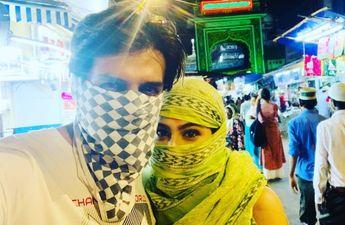 इस वजह से पब्लिक में मुंह छुपाते हुए नजर आये कार्तिक आर्यन और सारा अली खान