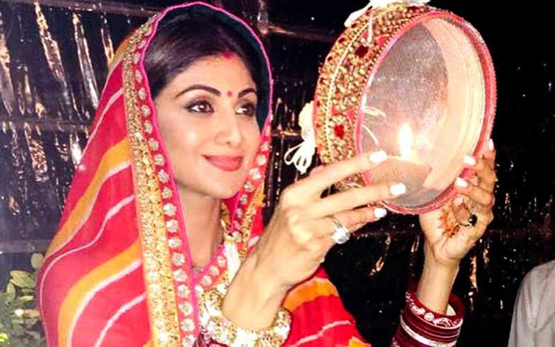 Karwa Chauth 2019 Moonrise Timings And Puja Muhurat: Get To Know The Time When You Can Break Your Fast