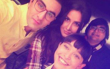 Ranbir Kapoor & Katrina Kaif Click A Selfie On The Sets Of Jagga Jasoos