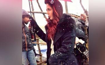 Katrina Sports Red Hair In Fitoor