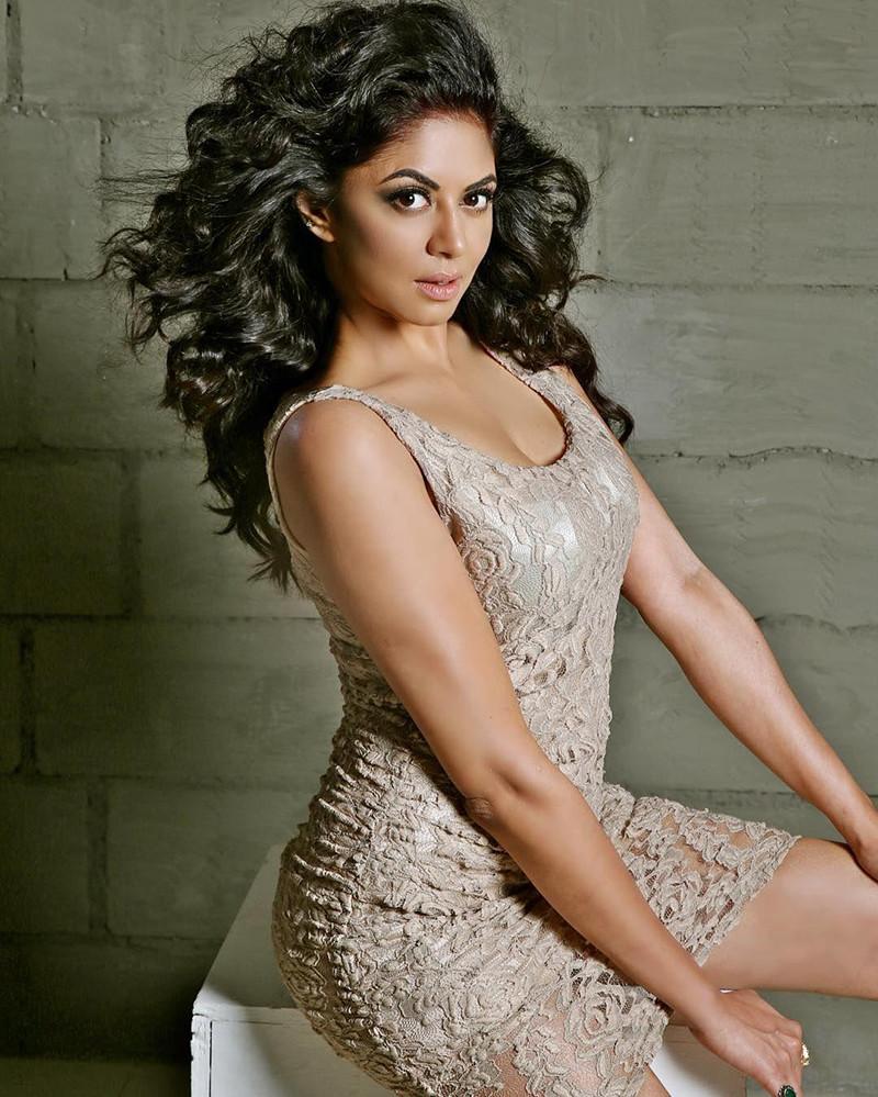 kavita kaushik poses for a photo shoot