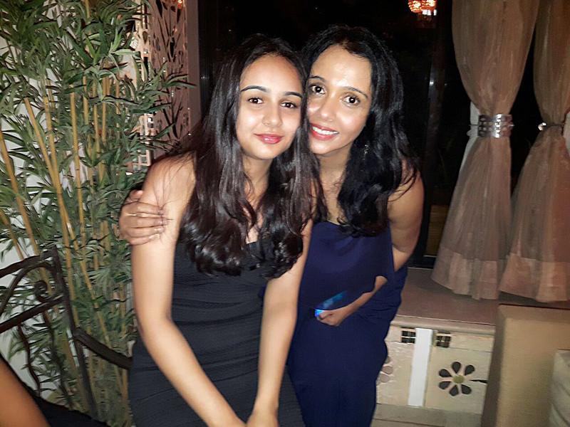 kavita krishnamoorthi with daughter kaveri