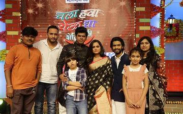 "Khichik Family Meets Thukratwadi's Ganpati Bappa In ""Chala Hawa Yeu Dya"""