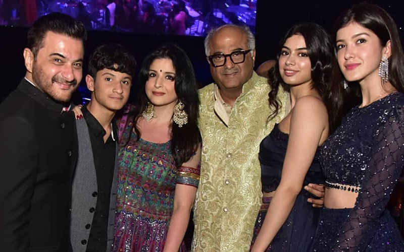 Sridevi's Family, Boney Kapoor, Sanjay Kapoor With Khushi Kapoor And Shanaya Kapoor Attend The Late Actor's Friend's Family Wedding