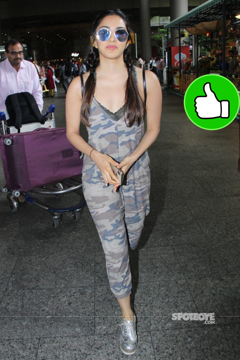 kiara advani at the airport