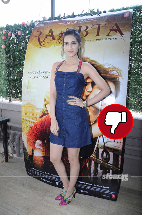 kriti sanon snapped at the promotions of raabta