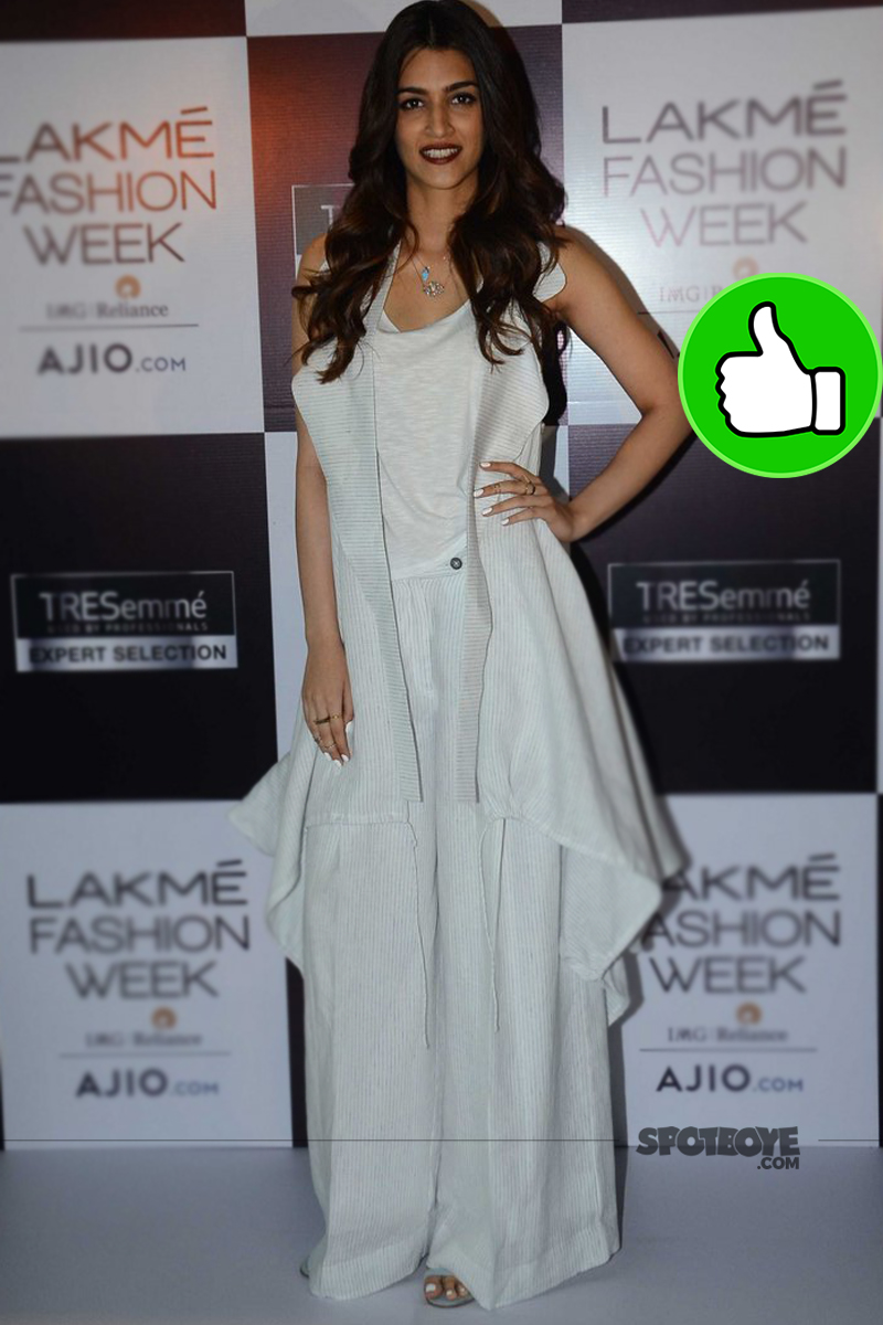 kriti sanon spotted at an event