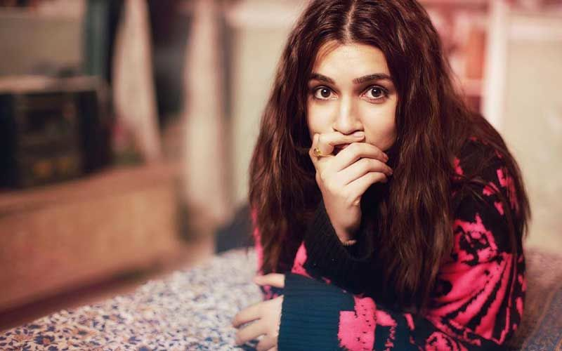Kriti Sanon's Monochrome Picture Calls For Ekta Kapoor's Attention; Actress Asks, 'Do We Know Anyone Truly?'