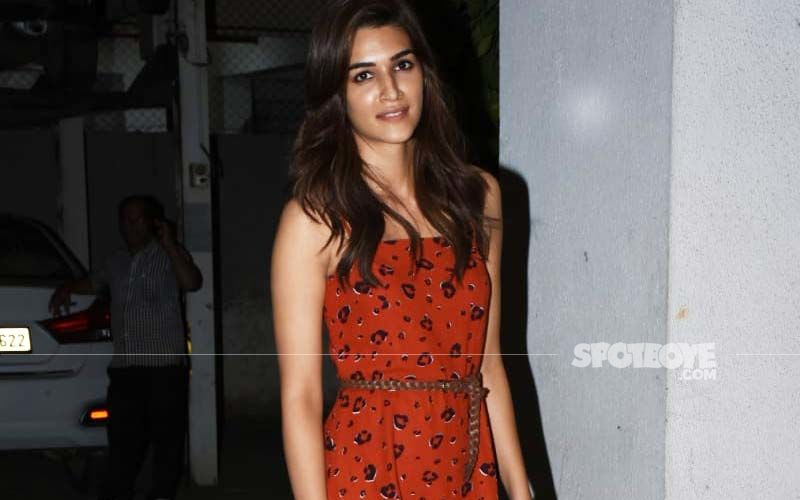 Polka-Dotted Cutie! Kriti Sanon Looks Cute As a Button In This Red And Black Retro Dress And We Can't Stop Swooning