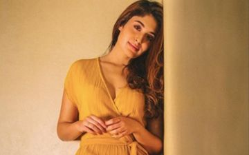 Kritika Kamra Reacts On MHA Guidelines Of E-Learning During Lockdown; Says 'I'm Struggling For Decent Internet Here'